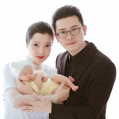 DORA陳儀朵寶寶百日宴邀請函